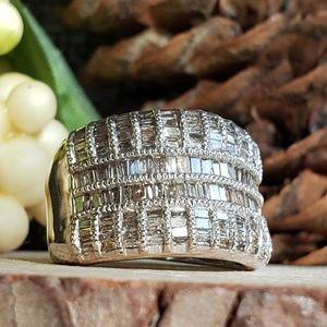 (📽) Diamond Sterling Silver Ring
